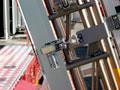 二段重ね式梯子搭載装置